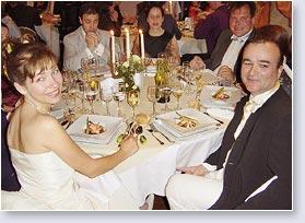 repas de mariage buffet ou repas servis astuces pour r ussir son mariage. Black Bedroom Furniture Sets. Home Design Ideas